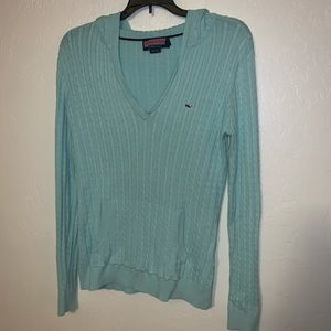 Vineyard vines cable knit pullover sweater